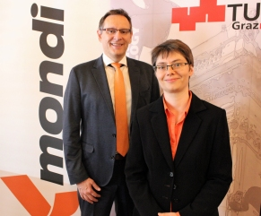 Leo Arpa, Head of R&D Paper at Mondi, with Karin Zojer