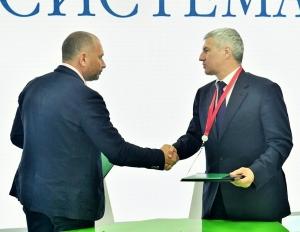 Mikhail Shamolin and Artur Parfenchikov
