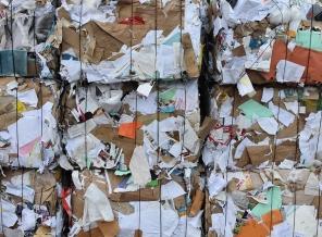 baled wastepaper