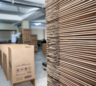 corrugated box production